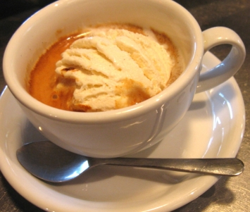 Caffe affogato