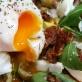 Jajko na sałatce włoskiej