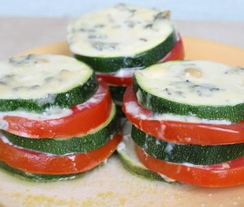 Słupki cukiniowo-pomidorowe
