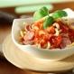 Spaghetti z kiełbasą w sosie pomidorowym